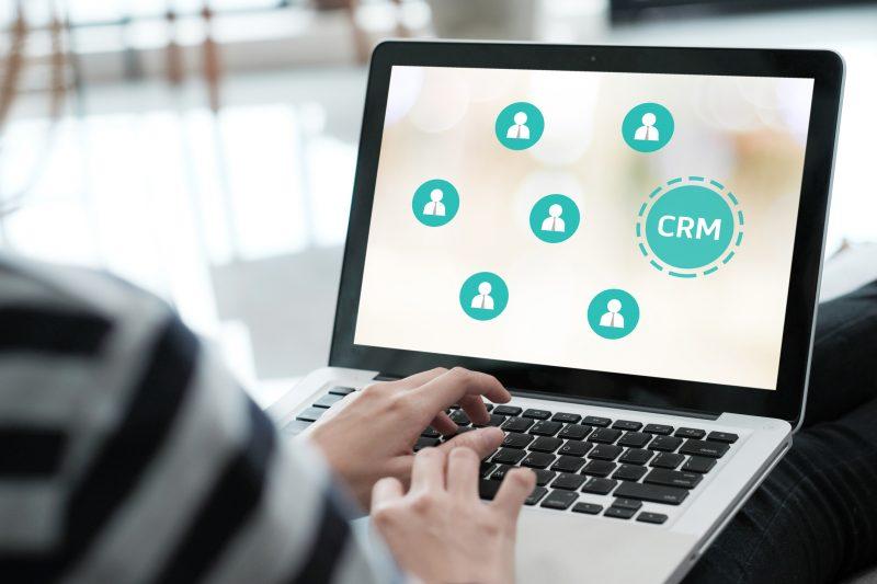 CRM: a melhor maneira de organizar os contatos com seus clientes